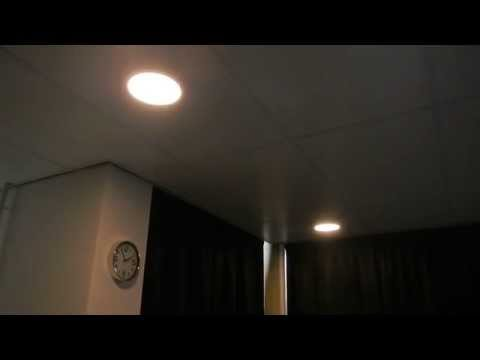 kun je led lampen dimmen ecobright. Black Bedroom Furniture Sets. Home Design Ideas