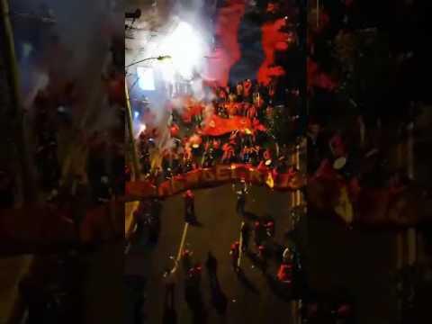"""""""La banda del rojo Municipal  {Guatemala}"""" Barra: La Banda del Rojo • Club: Municipal"""