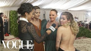 Miley Cyrus, Paris Jackson & Stella McCartney on Sustainable Fashion | Met Gala 2018 With Liza Koshy - Video Youtube