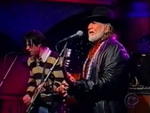 Willie Nelson & Ryan Adams - The Harder They Come (Live on Letterman)