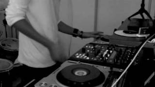 "DJ ADEY: Steve appleton ""dirty funk"" DnB remix"