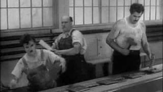 Charlie Chaplin e la fabbrica: Tempi Moderni (1936)