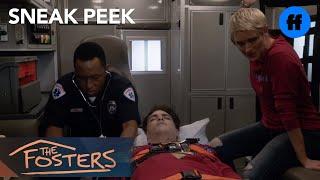 411 - Sneak peek #1 : Stef et Jesus vont à l'hôpital