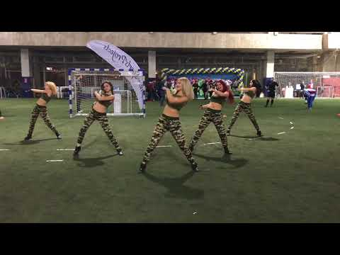 Группа поддержки Lucky Demons Cheerleaders Черлидинг