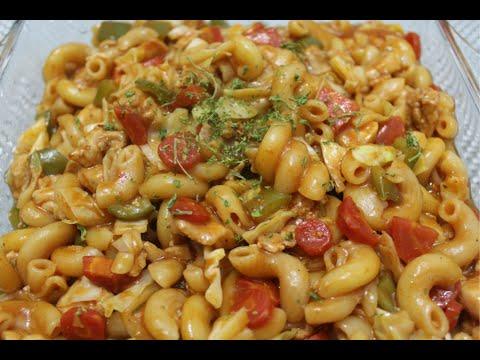 chicken macaroni with sriracha sauce