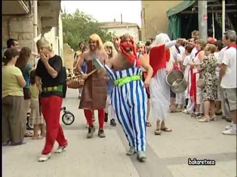 """Disfraces fiestas """"Asterix y obelix"""" Aibar 2012"""