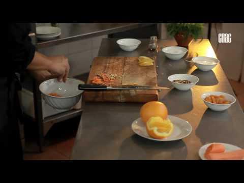 """""""Блюдо дня"""".  (Морковный салат с курагой и апельсинами)"""