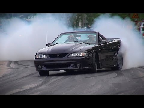 The Ultimate MUSCLE CAR BURNOUTS Compilation 2018