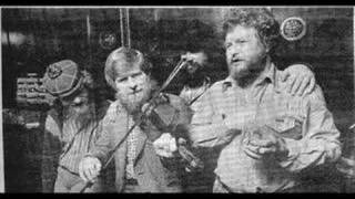 The Dubliners Lark In The Morning