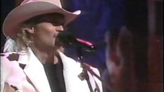 Alan Jackson - She's Got The Rhythm (And I Got The Blues) (LIVE)