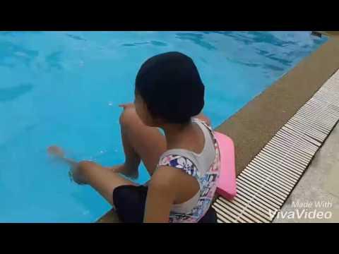 ร้อนๆ เล่นน้ำกัน