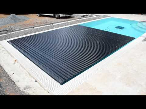 Automatic swimming-pool cover by Macek a syn