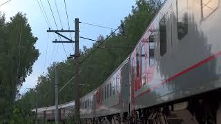 фирменный новый поезд лев толстой с новым электровозом эп20