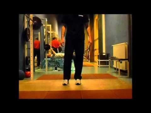 Dans le pied le muscle jumeau réduit