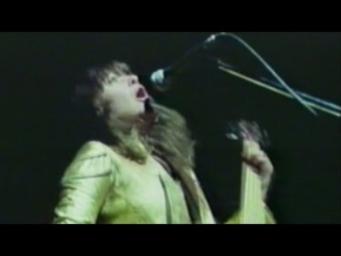 Suzi Quatro - All Shook Up  1975 (Live Video)