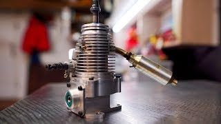 Unusual 4-stroke engine - WITHOUT VALVES the sleeve rotates What kind of beast is this ???