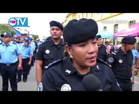 Policía Nacional conmemora su Aniversario 39 con acto de condecoración y ascenso de oficiales