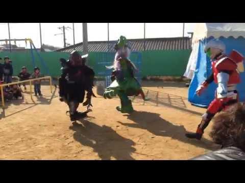 KDUヒーローズ キャラクターショー@20150111多聞台小学校 とんど祭り