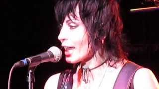 Joan Jett & The Blackhearts - Everyday People - Live