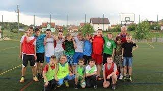 preview picture of video 'Rutki Kossaki - turniej piłki nożnej chłopców dzikich drużyn z rocznika 2001 i młodszych'