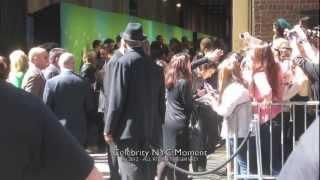Нина Добрев и Йен Сомерхолдер, Ian Somerhalder says 'I Love You' to fans in NYC