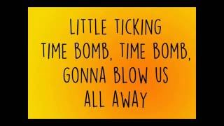 Waste A Moment   Kings Of Leon (Lyric Video)