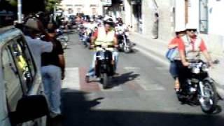 preview picture of video 'XII Concentración de motos clásicas Pinos Puente.'