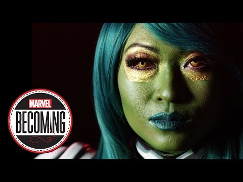 Cosplayer Yaya Han Becomes Gamora