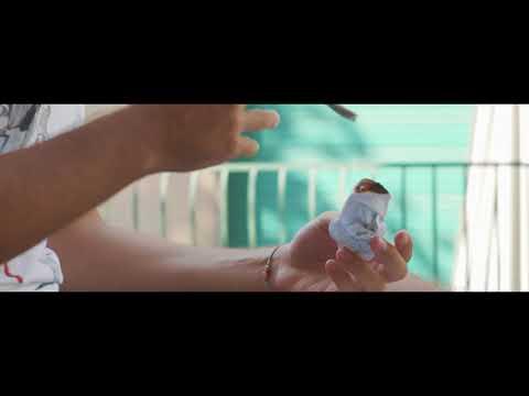 Porno video Uomo con una coppia di sposi