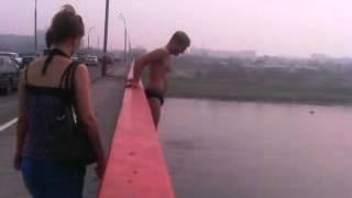 Прыжок с Моста в Семее 27 метров