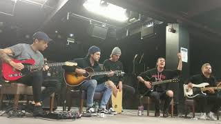 Daylight - Young Guns (Acoustic Set at Club Academy, Manchester - 25/09/17)