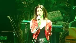 """""""Diet Mountain Dew"""" Lana Del Rey@Prudential Center Newark, NJ 1/19/18"""