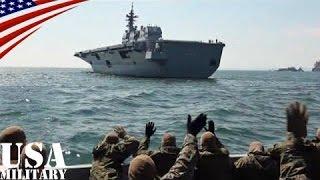トモダチ作戦で護衛艦「ひゅうが」に手を振る米軍兵士 (3.11 東日本大震災)