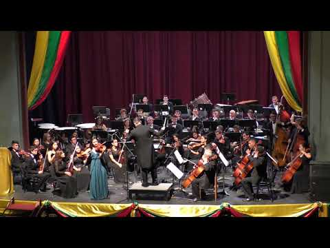Playing Meditation by Tchaikovski with the Ibague Conservatory Symphony Orchestra in Colombia, 2019
