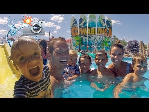 🤩 TWO-YEAR-OLD GIRL VLOGS FAVORITE WATER PARK AND IT'S THE MOST ADORABLE THING YOU'VE EVER SEEN! 😍