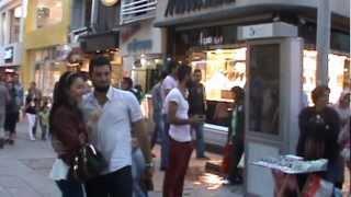 preview picture of video 'Serkan Zeynep MARAL İzmit Fethiye caddesinde evlenme teklifi'