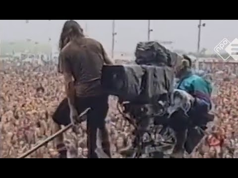 "Eddie Vedder's most famous stagedive explained after 26 years. ""I thought the guy hated me!"""