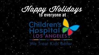 Le cast de NCIS: LA rend visite aux enfants du Children Hospital de LA à l'occasion des fêtes de fin d'année(décembre 2014)