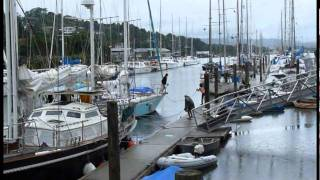 preview picture of video 'Too much wine? Frenchmen mooring at Town Basin, Whangarei, New Zealand'