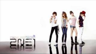 2ne1 Love is ouch w/ eng. lyrics