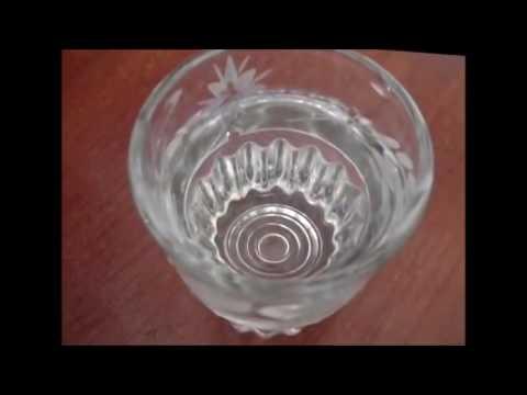 Как распознать паленую водку. Отличие спирта.