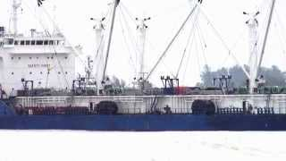 preview picture of video 'Cargo Ship at Songkhla port in Thailand'