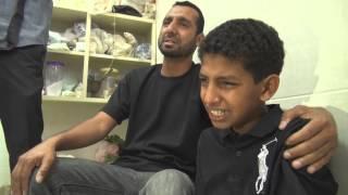 preview picture of video 'ابن الشهيد جعفر الطويل يبكي بحرقة على فقد والده 27/3/2013'