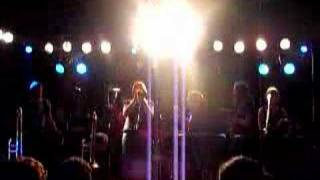 architecture in helsinki - do the whirlwind (live) @ roma'05