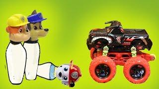 Мультики для детей. Игрушки из мультфильмов Щенячий патруль. Машинки играют в боулинг.