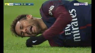Неймар травма: унесли на носилках. Невилл унизил Арсенал. Гвардиола зовет Крооса