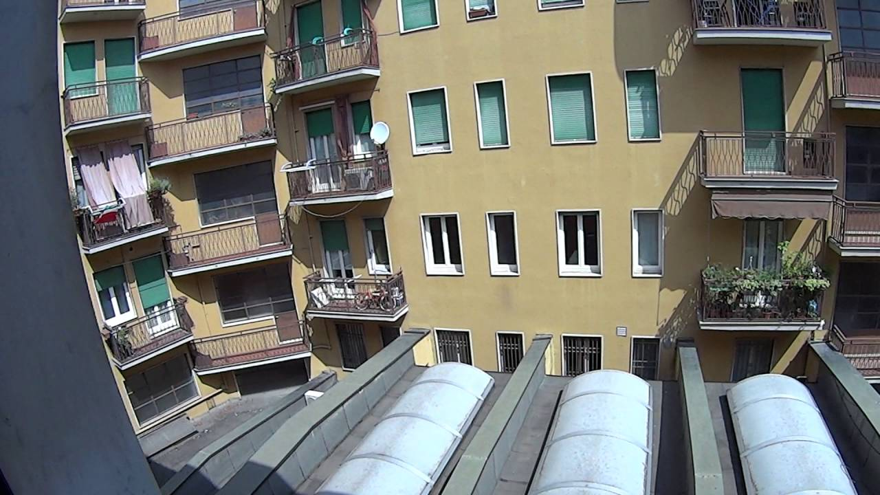 Rooms for rent in comfortable 4-bedroom apartment with balcony in Ticinese