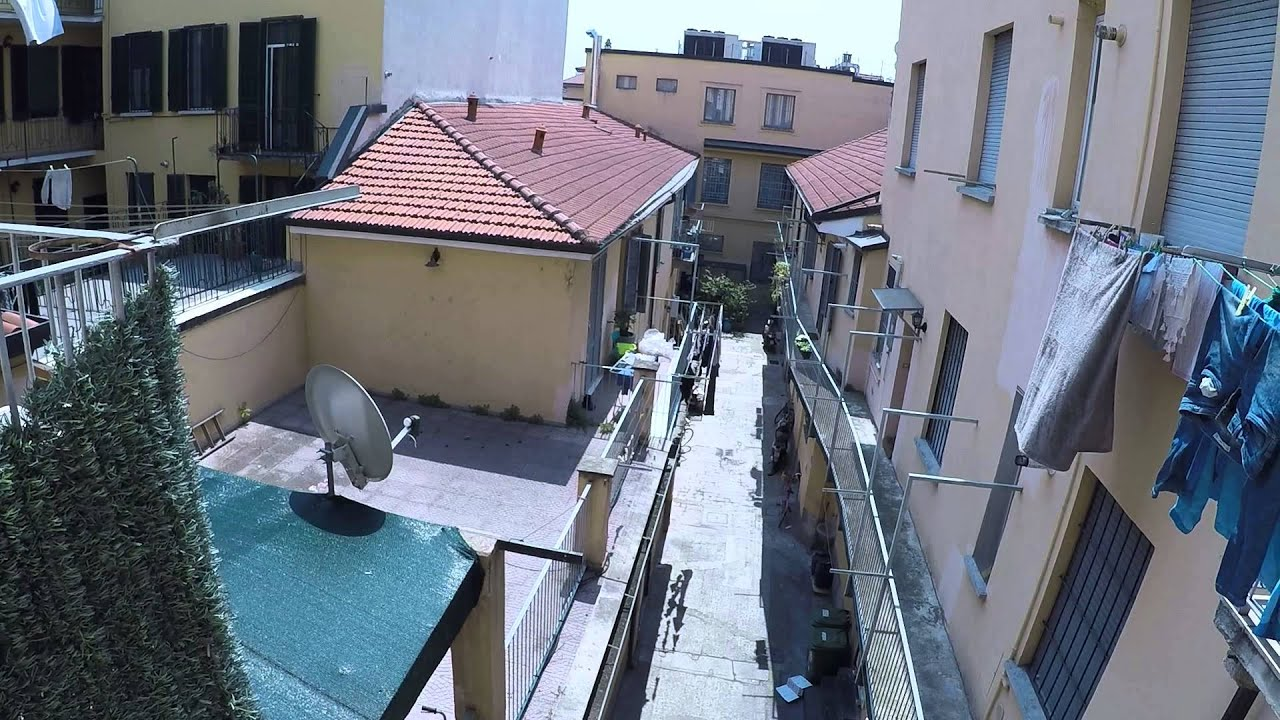 Two sunny rooms for rent for females in the Navigli district