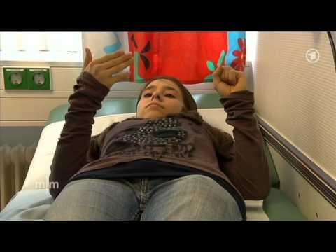 Entfernen des zervikalen Angriffs degenerative Bandscheibenerkrankungen