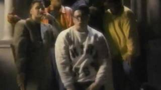 3rd Bass - Pop Goes The Weasel (Video)